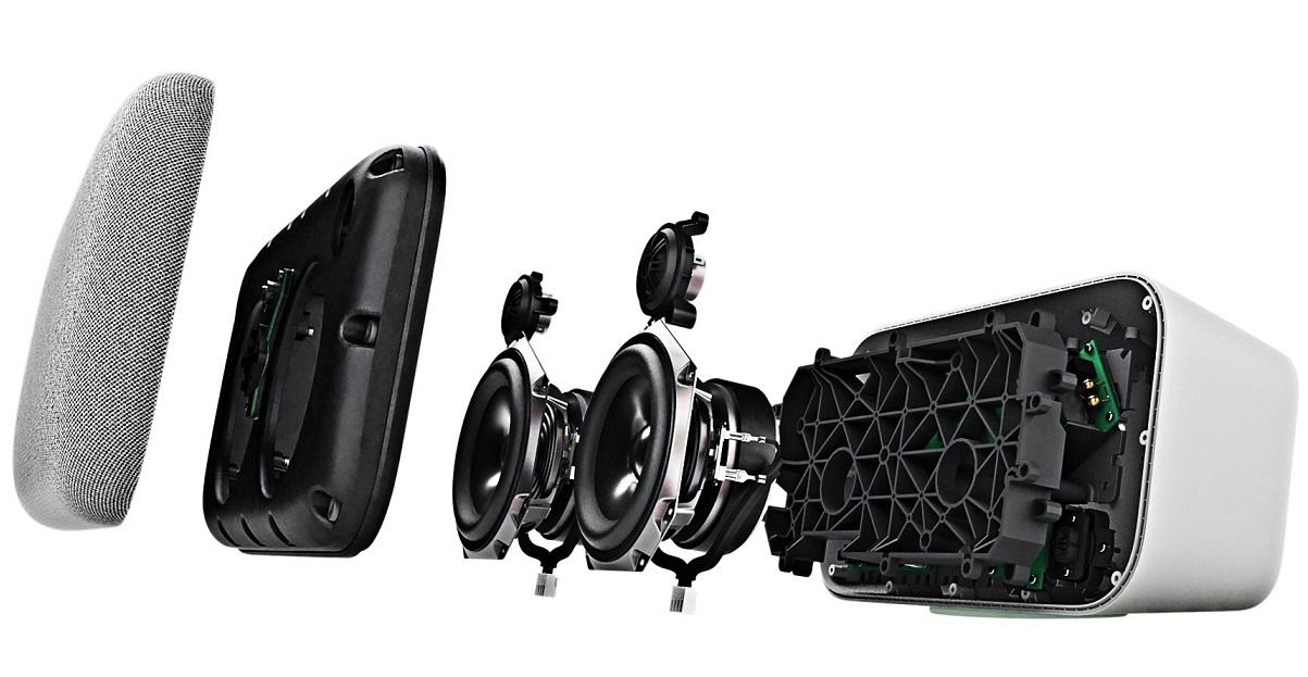 Google Home Max protinga garso kolonėlė su puikia garso kokybe